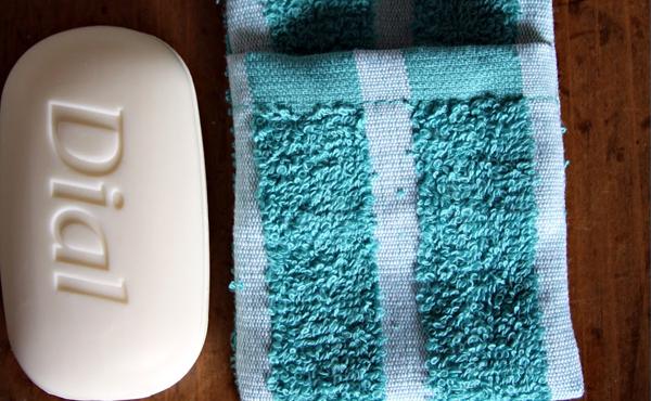 banheiro avião dicas garrafinha dagua bolsa hermetica caixinha tic tac sabonete