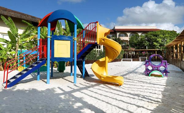 Grand-Palladium-Imbassaí-Resort-Spa-bahia-viagem-com-crianças-família-nordeste